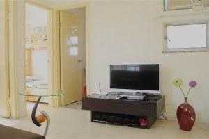 香港旺角彩彩公寓两房一厅