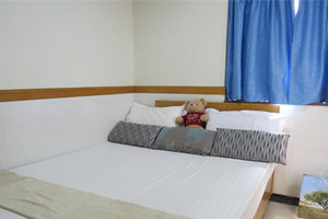 香港旺角天晴宾馆双人大床房