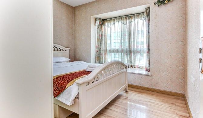 重庆寒舍公寓豪华欧式电脑双卧套房