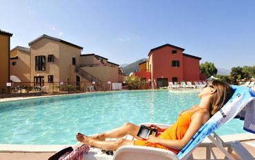 科西嘉岛酒店公寓住宿:莱斯特拉桑德洛扎瑞公寓