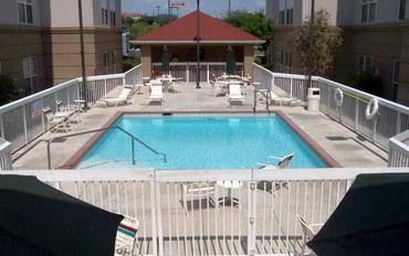圣安东尼奥酒店公寓住宿:霍姆伍德套房公寓