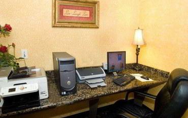 圣安东尼奥酒店公寓住宿:阿拉莫套房市区贝斯特韦斯特套房旅馆