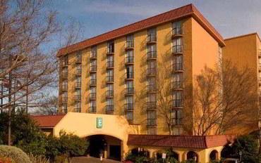 圣安东尼奥酒店公寓住宿:圣安东尼奥西北10号州际公路尊盛套房旅馆