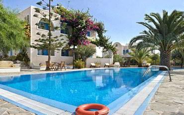 圣托里尼岛白沙滩附近酒店公寓住宿:天堂度假村