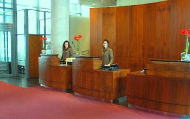 蒙特利尔酒店公寓住宿:蒙特利尔希尔顿大使套房