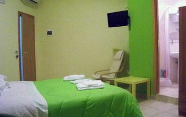 那不勒斯酒店公寓住宿:甜蜜睡眠公寓