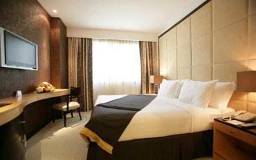 迪拜酒店公寓住宿:萨沃伊套房公寓