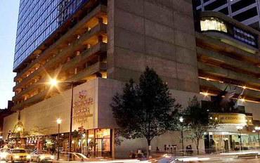 费城酒店公寓住宿:费城市区皇冠广场度假村