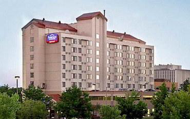 丹佛酒店公寓住宿:丹佛樱桃溪费尔菲尔德套房