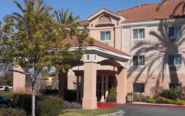 旧金山酒店公寓住宿:旧金山圣卡洛斯费尔菲尔德套房
