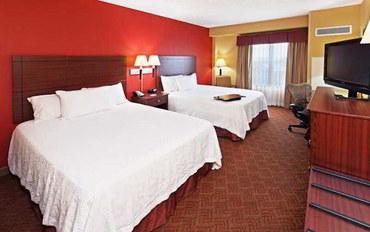 俄克拉何马城酒店公寓住宿:俄克拉荷马城布里克汉普顿套房