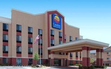 俄克拉何马城酒店公寓住宿:魁尔斯普林斯康福特茵套房