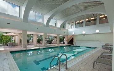 波士顿酒店公寓住宿:波士顿/沃尔瑟姆大使套房公寓