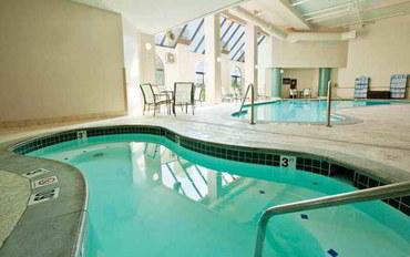 印第安納波利斯酒店公寓住宿:印第安纳波利斯北部尊盛公寓