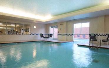 纳什维尔酒店公寓住宿:纳什维尔机场汉普顿精品套房