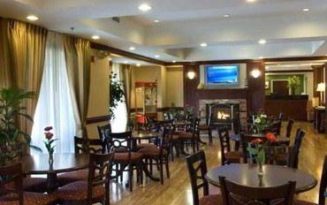 亚特兰大(乔治亚州)酒店公寓住宿:亚特兰大普瑞米特中心费尔菲尔德套房公寓