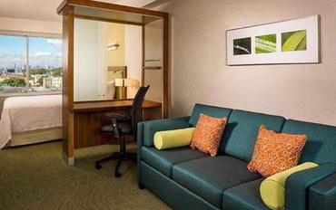 纽约酒店公寓住宿:纽约拉瓜迪亚机场春季山丘套房公寓