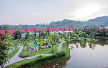 攀牙府酒店公寓住宿:拷叻翡翠海滩度假村