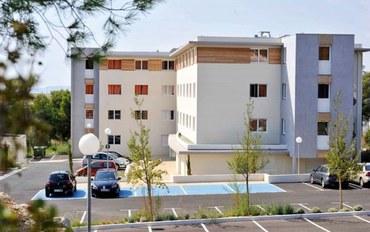 马赛酒店公寓住宿:舒适马赛机场公园及套房公寓