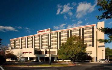 波士顿酒店公寓住宿:波士顿-纳蒂克欢朋公寓