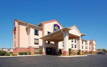 俄克拉何马城酒店公寓住宿:贝斯特韦斯特普勒斯米德韦斯特城套房旅馆