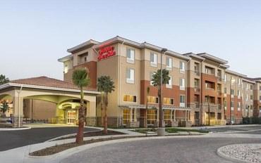 旧金山酒店公寓住宿:圣贝纳迪诺汉普顿套房