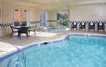 印第安納波利斯酒店公寓住宿:东印第安纳波利斯公寓