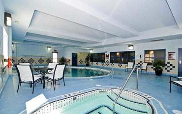 卡尔加里酒店公寓住宿:最佳西方精品自由港套房