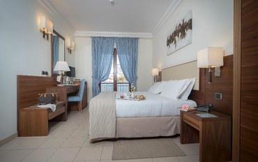 那不勒斯酒店公寓住宿:最佳西方套房