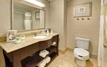 里诺酒店公寓住宿:内华达州里诺欢朋套房