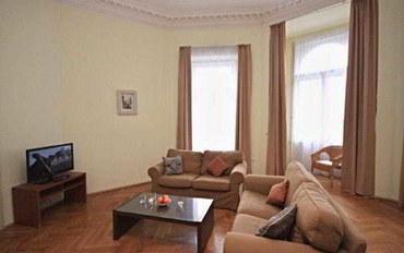 布拉格酒店公寓住宿:布拉格河景公寓
