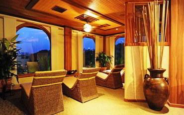 阿雷娜酒店公寓住宿:温泉海滩水疗度假村