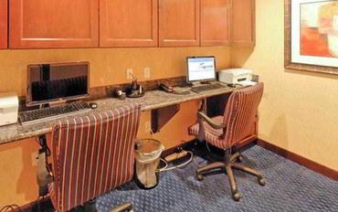 谢南多厄(德克萨斯州)酒店公寓住宿:休斯顿伍德兰唐普雷斯套房