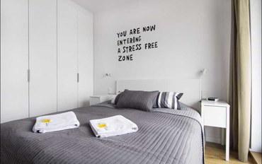 华沙酒店公寓住宿:比亚瓦P&O公寓