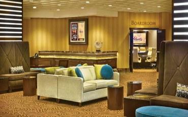 里诺酒店公寓住宿:亚特兰蒂斯赌场水疗度假村