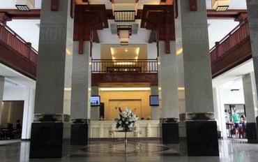 岘港酒店公寓住宿:河流海滩度假住所