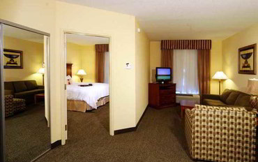 伯明翰(阿拉巴马州)酒店公寓住宿:伯明翰胡佛广场汉普顿套房