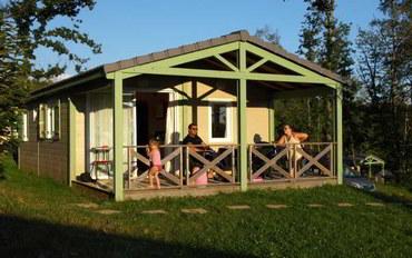 多尔多涅省酒店公寓住宿:梅尔村镇度假村