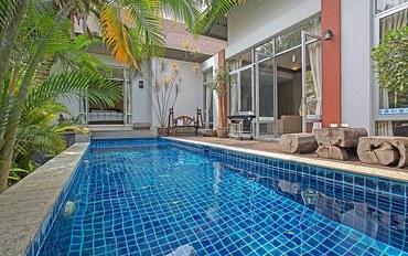 芭提雅酒店公寓住宿:南芭提雅两室高档泳池别墅