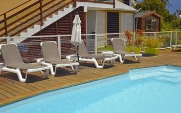 拉萨里讷雷班酒店公寓住宿:伊维萨热带公寓