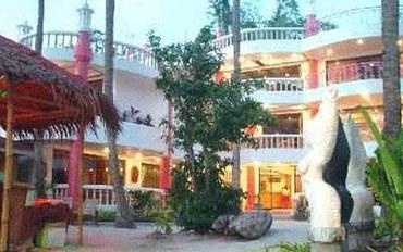 长滩岛酒店公寓住宿:尼吉尼吉海滩度假村