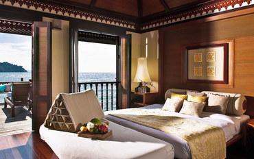邦咯岛和吡叻酒店公寓住宿:绿中海度假村