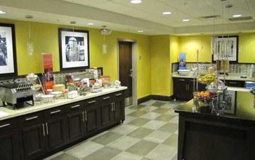 哥伦比亚(马里兰州)酒店公寓住宿:哥伦比亚南部希尔顿欢朋套房