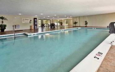 里士满(弗吉尼亚州)酒店公寓住宿:里士满/弗吉尼亚中心希尔顿恒庭旅馆&套房