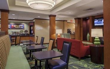 圣奥古斯丁海滩酒店公寓住宿:圣奥古斯丁I-95费尔菲尔德万豪套房