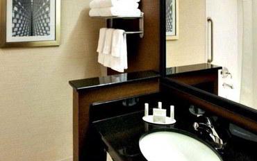 密尔沃基酒店公寓住宿:万豪费尔菲尔德密尔沃基市中心套房