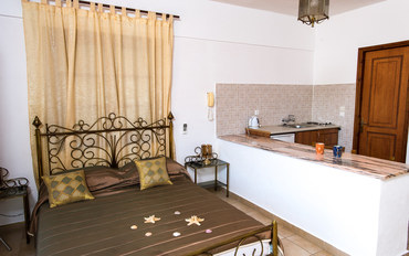 拔摩岛酒店公寓住宿:乔安娜公寓