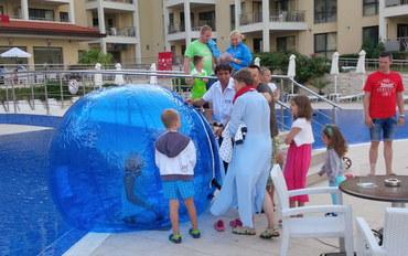 瓦尔纳酒店公寓住宿:比亚拉海滩度假村