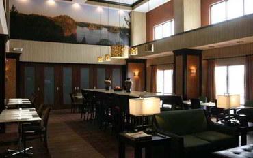 渥太华(堪萨斯州)酒店公寓住宿:秘鲁希尔顿恒庭旅馆&套房