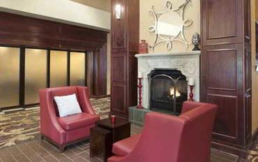 克里夫兰酒店公寓住宿:汉普顿套房精品公寓